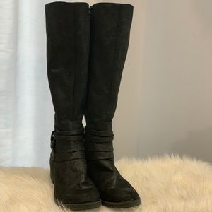 BareTraps the Oudrey black boots size 9.5